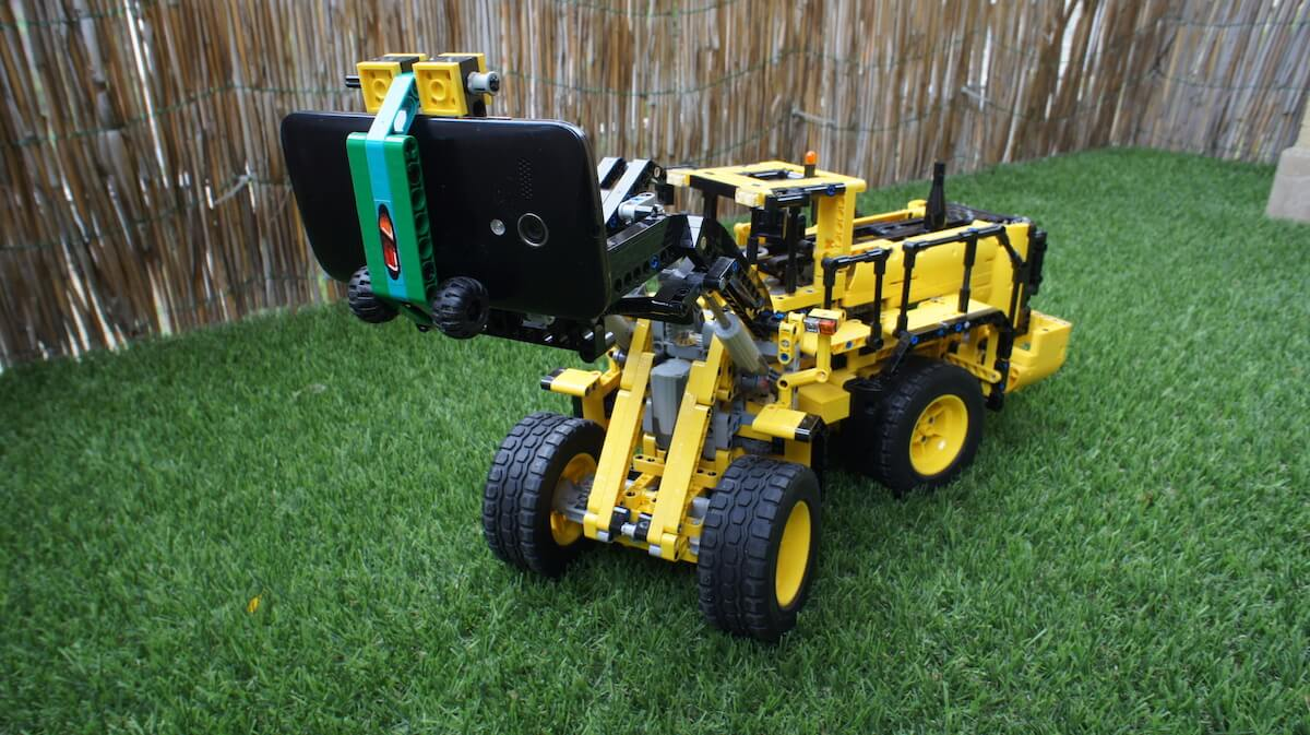 Node.js IoT Home Explorer Rover built with LEGO SBrick & a Raspberry Pi